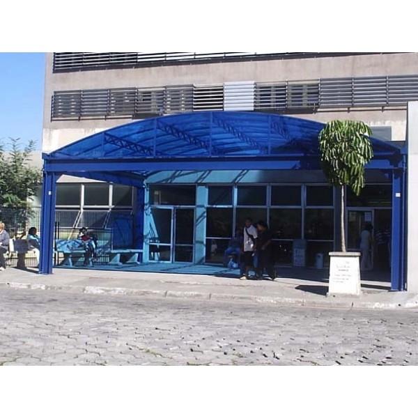 Cobertura de Policarbonato em Ferraz de Vasconcelos - Toldo Policarbonato Preço