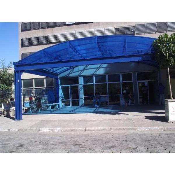 Cobertura em Policarbonato em Santana de Parnaíba - Toldos com Policarbonato